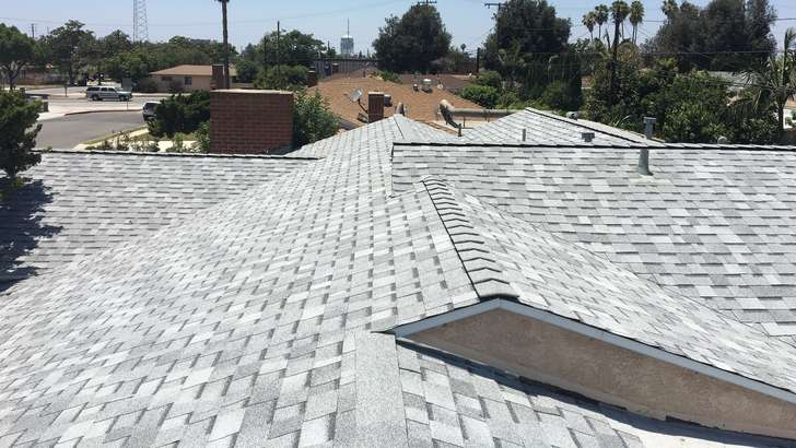 Shingle roof in El Sereno CA